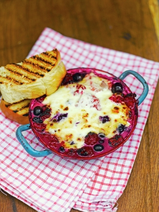 Baked berries with brandy & mascarpone