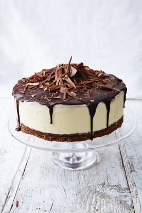 Black forest frozen cheesecake