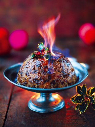 Christmas Pudding On Fire.Christmas Pudding