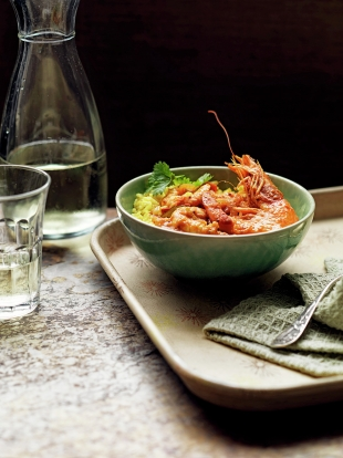 Spicy Prawn Curry With Quick Pilau Rice Seafood Recipes Jamie