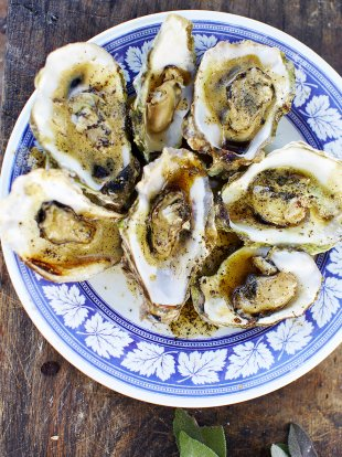 Cooked oysters with burnt butter