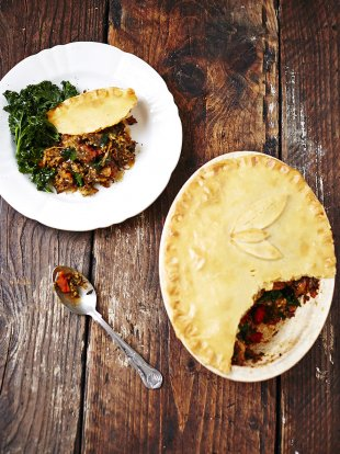 Gluten-free curried veg pie