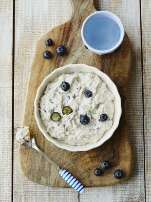 Michela's blueberries & chickpeas (no cook)