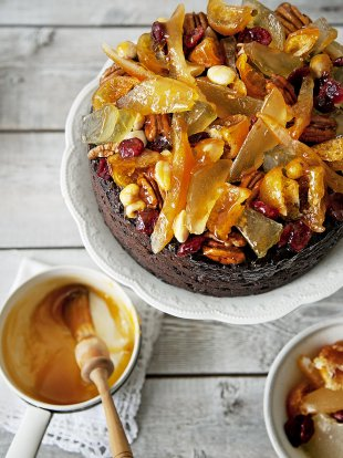 Fruit & nut topping for Christmas cake