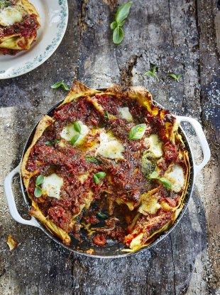 Aubergine lasagne vegetables recipes jamie oliver recipes forumfinder Images