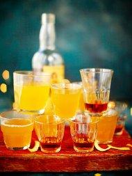Hot rummy lemonade