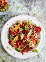Panzanella (Tuscan tomato & bread salad)