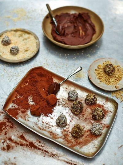 Jamie Oliver Chocolate Cake Marshmallows