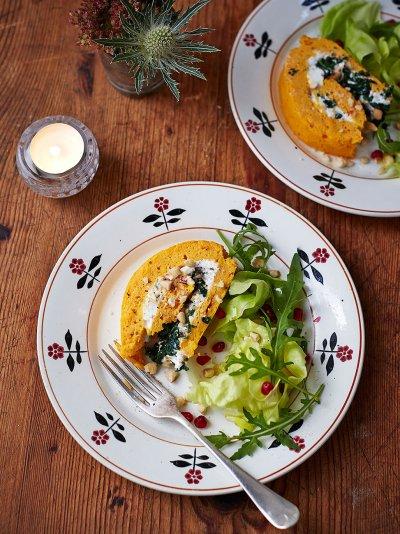 Gluten-free spinach & ricotta roulade