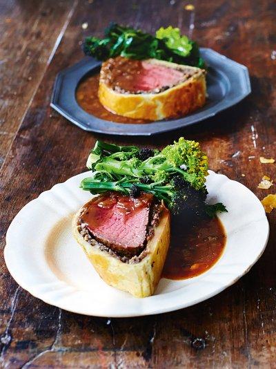 Christmas dinner ideas christmas jamie oliver beef wellington forumfinder Gallery