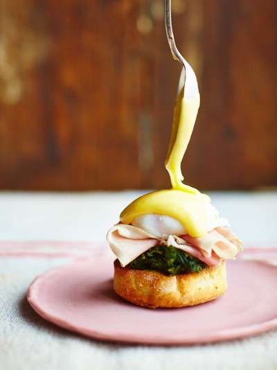Jamies comfort food recipes jamie oliver super eggs benedict forumfinder Image collections