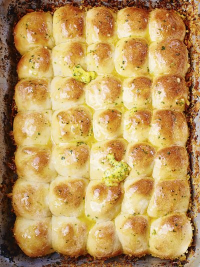 Jamies comfort food recipes jamie oliver tear n share garlic bread forumfinder Image collections