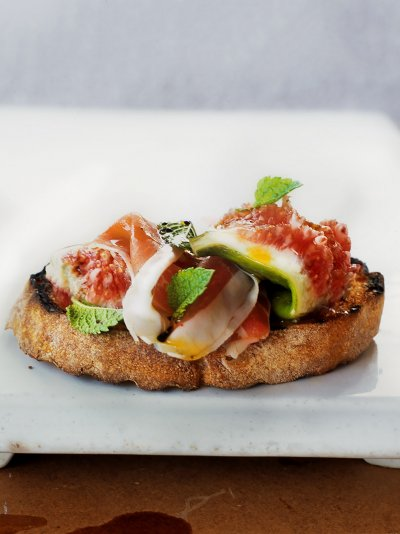 Jamie oliver crostini prosciutto figs and mint forumfinder Images