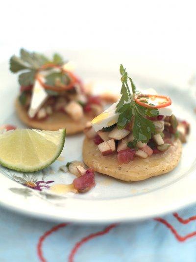 Gorditas & salsa