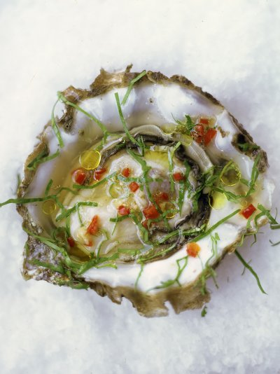 Oysters with chilli, ginger and rice wine vinegar
