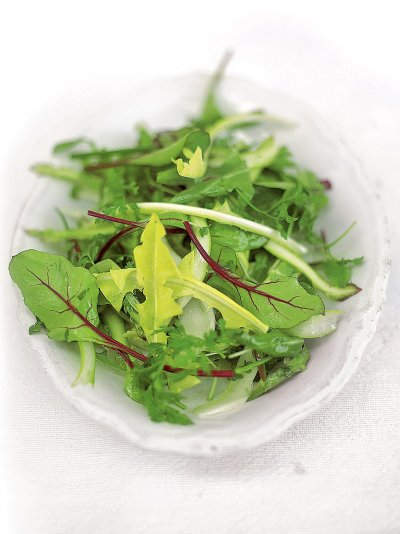 Simple green side salad