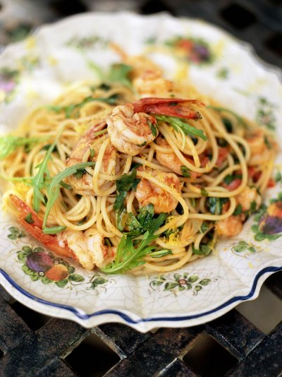 Image gallery linguine and prawns recipe for Prawn and spaghetti recipe