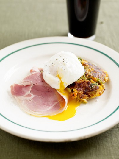 Bubble and squeak with ham and eggs