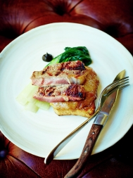 Grilled veal with Welsh rarebit