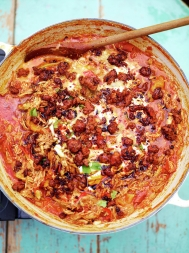 Leftover chicken with tomatoes & crispy chorizo
