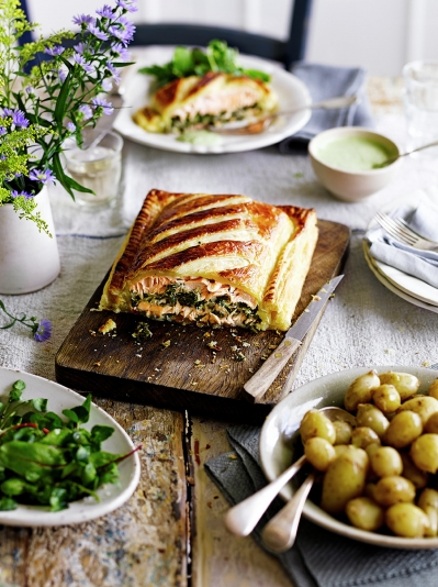 French recipes jamie oliver salmon en croute forumfinder Choice Image