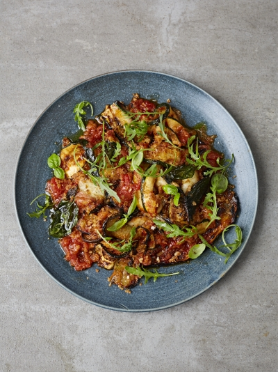 Aubergine parmigiana with crispy breadcrumbs