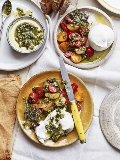 Burrata with cherry tomatoes & minty pistachio pesto