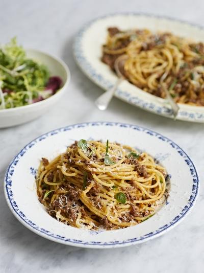 spaghetti bolognese jamie oliver
