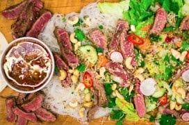 Seared Beef Noodle Salad