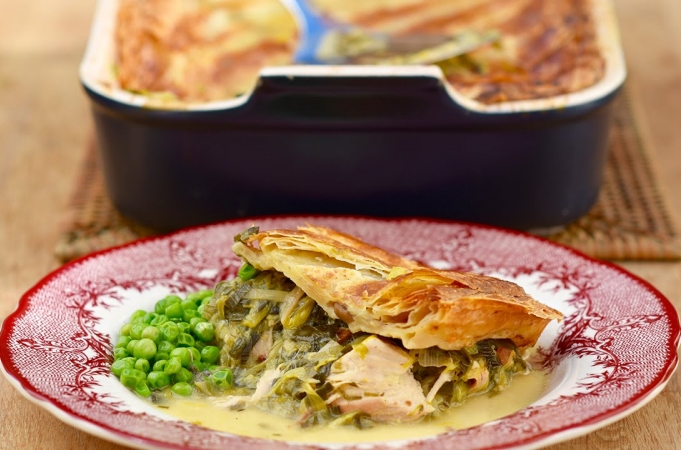 Leftover turkey and leek pie